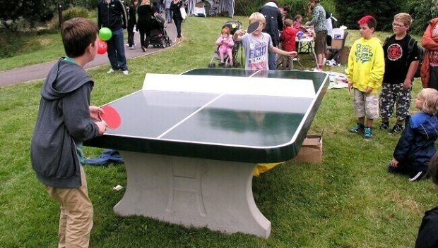 Concrete tables are perfect for playing outside - Pingpongmonster.com